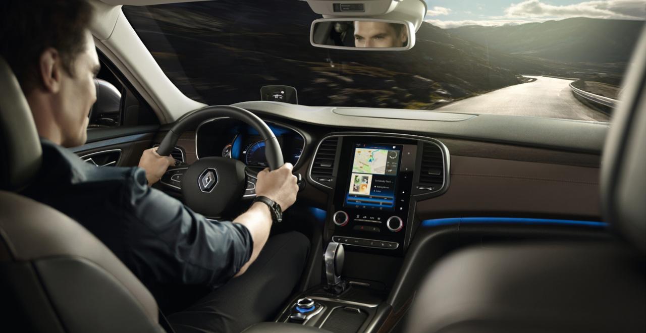 Nechte si pomoci od technologií ve vozidle
